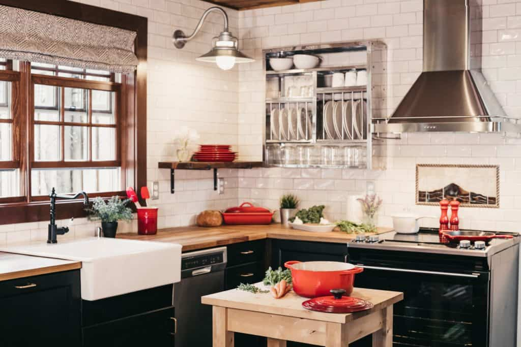 Kitchen Accessories: How to Have a Clutter-Free Countertop